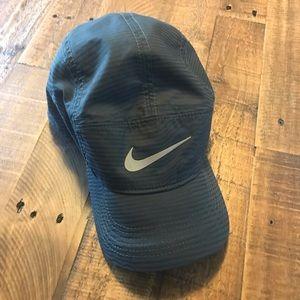 Nike Accessories - Nike AW84 dri fit hat